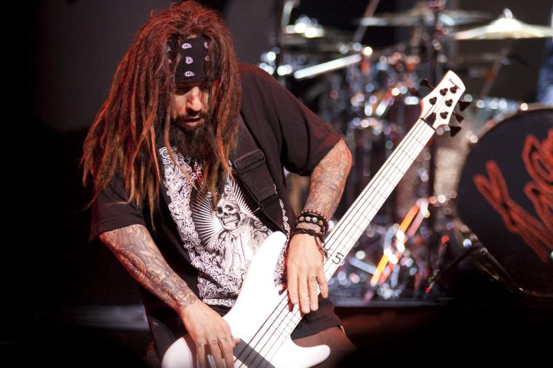 Reginald_Fieldy_Arvizu_of_Korn_02