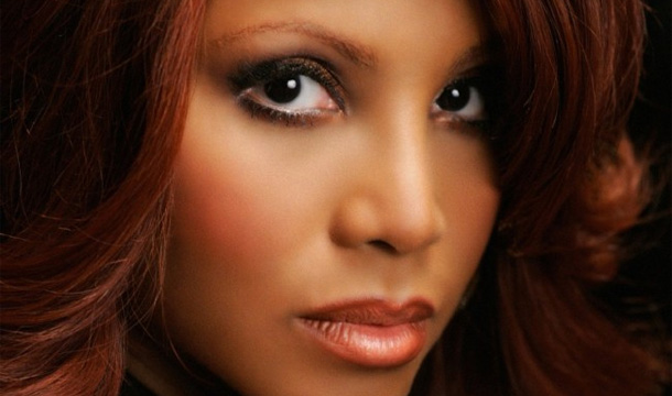 Toni-Braxton-Do-Not-Match-Appearance