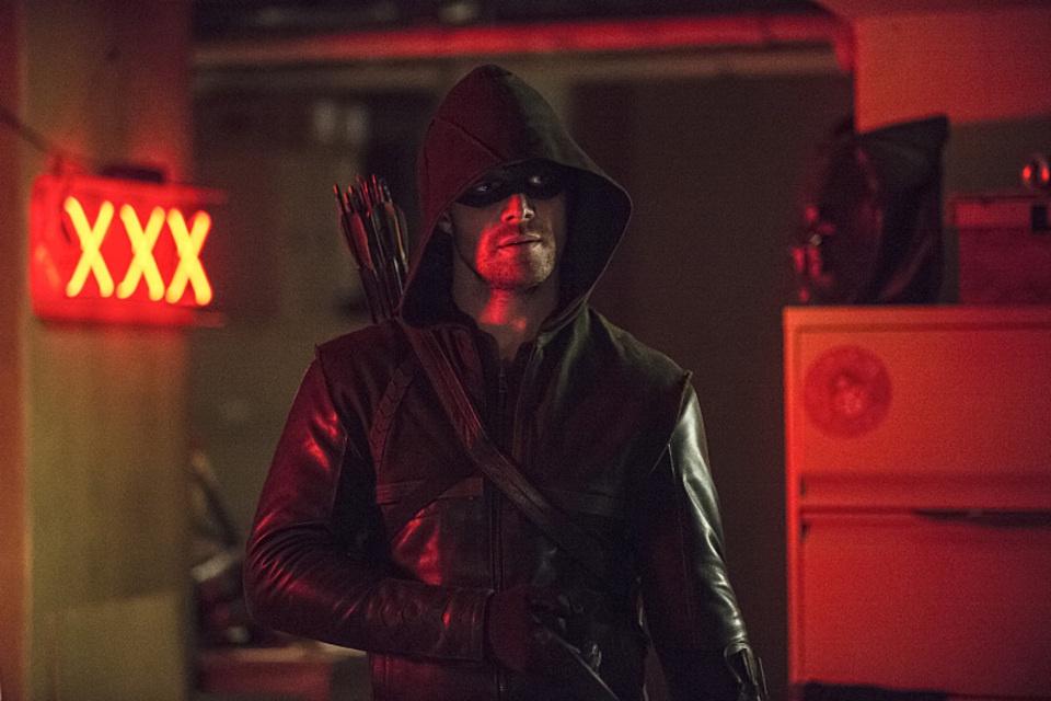 arrow bertemu the flash 05