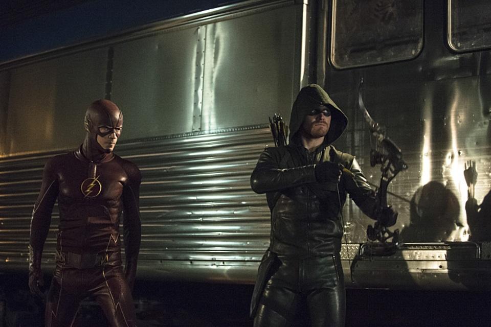 arrow bertemu the flash 07