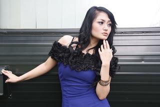 Musik-5-Penyanyi-dangdut-termahal-indonesia-siti-badriah