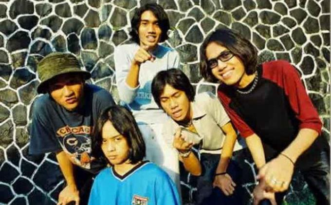 grup band sheila on 7