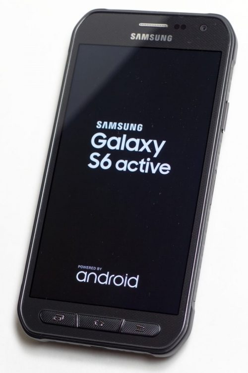 Kumpulan-HP-Android-Anti-Air-dan-Tahan-Banting-Samsung_Galaxy_S6_Active