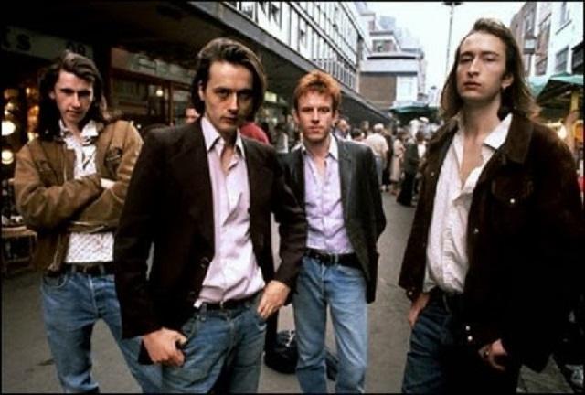 5-Band-Britpop-Terbaik-dan-Terkenal-di-Dunia-2
