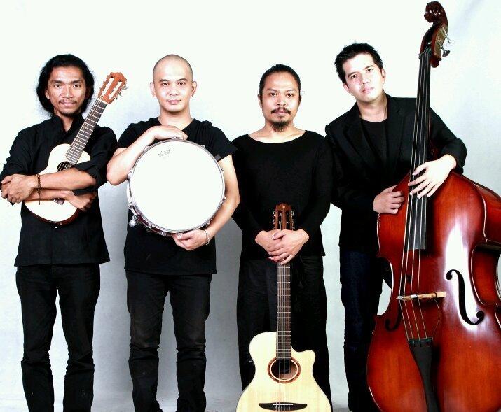 Payungteduh juga band indie yang sukses menggebrak industri musik tanah air dengan karyanya