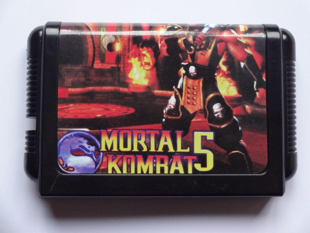 semua yang tumbuh di era 90-an tentu saja tidak asing dengan cartridge game mortal kombat ini