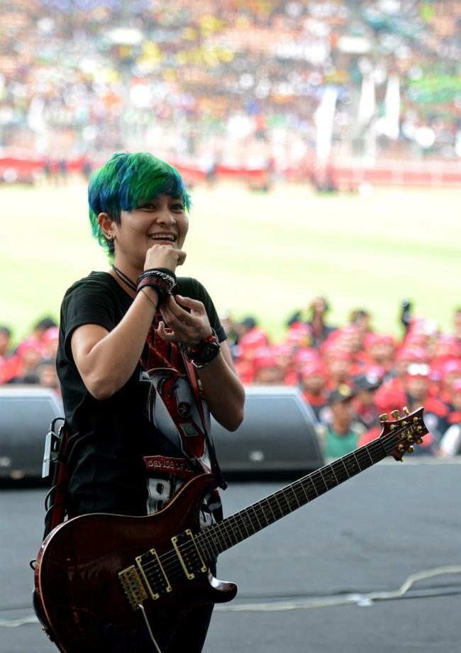 5 gitaris wanita indonesia terhebat 3