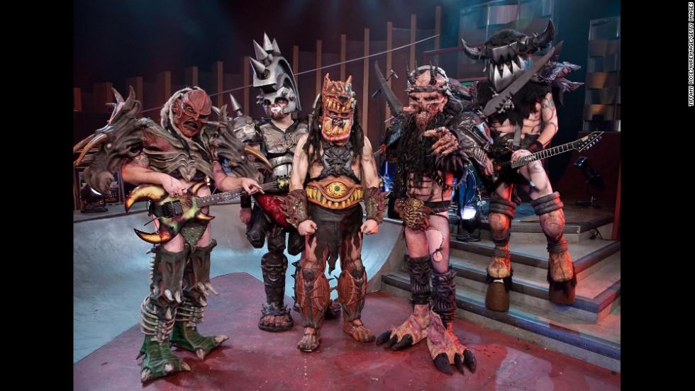 5 grup band paling aneh di dunia 2