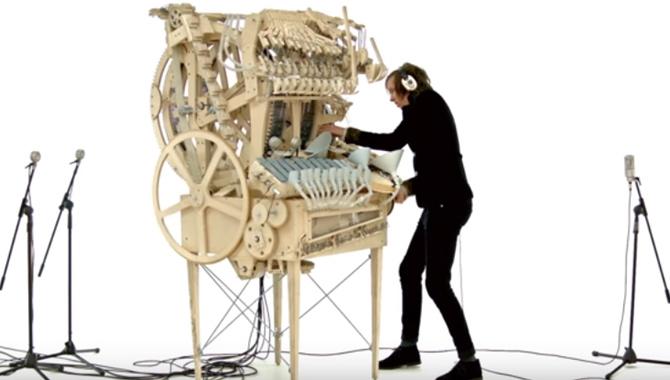 Alat-Musik-Unik-Yang-Pernah-Diciptakan-1